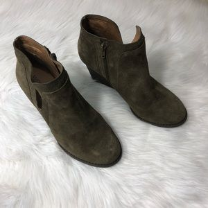 Lucky Brand Green Suede Leather Booties Size 9M